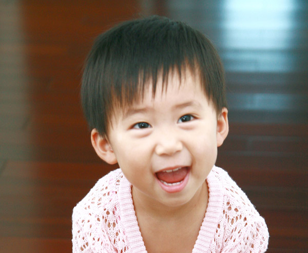 可爱宝宝笑脸简笔画