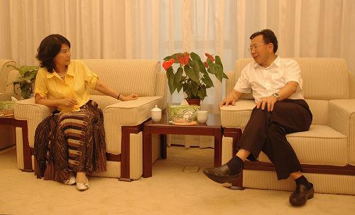陈树隆会见格力电器总裁董明珠