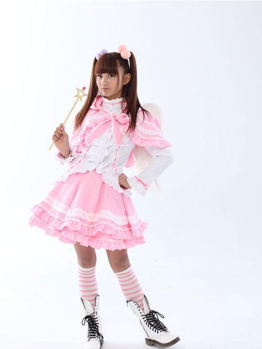 12岁萌萝莉网络爆红 自作广告主题曲受追捧图片