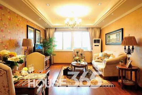 111平米三房样板房,客厅装修风格低调奢华