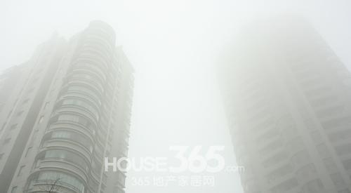 雾霾锁苏城空气质量有望16好转
