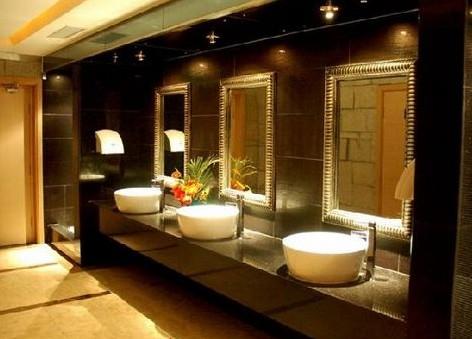 公共洗手间效果图:很是奢华的卫生间设计高清图片