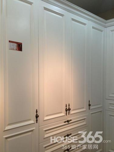 南京云锦木门特惠商品之衣柜门板欧式实木烤漆系列