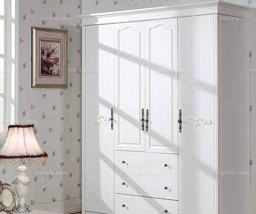 卧室衣柜装修效果图:白色的卧室整体衣柜