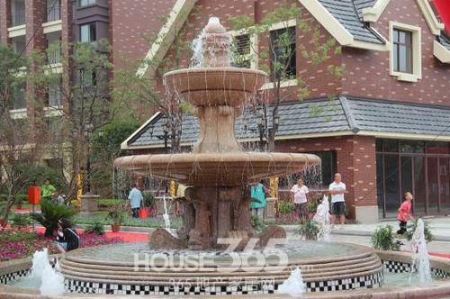 入口喷泉 资料图片