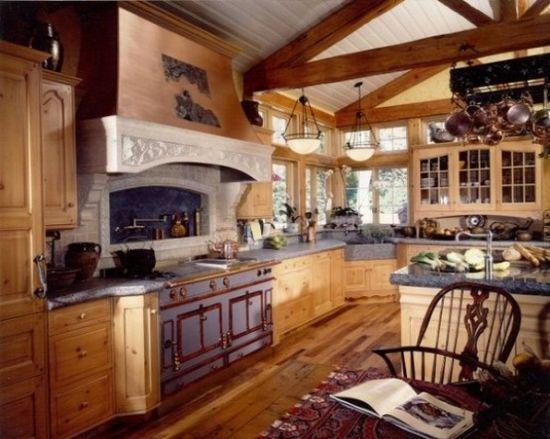 厨房装修效果图 原木厨房打造闲适田园风-365地产家居