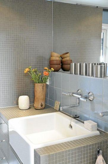 卫浴装修效果图 清新自然北欧风图片
