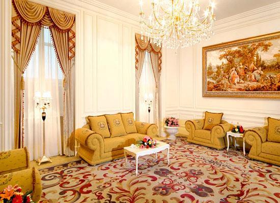 欧式客厅装修效果图 打造2013家居客厅风景线