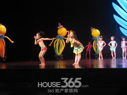 才艺展示环节小选手们也是各显身手,唱歌,京剧表演,拉丁舞,街舞,民族图片