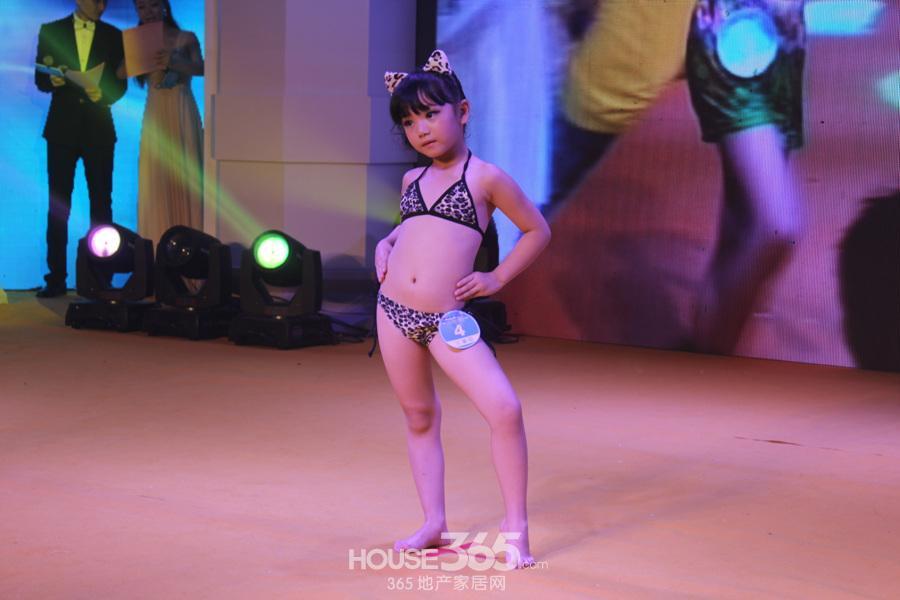 高清:星隆国际杯安徽少儿模特大赛泳装秀 合肥房地产