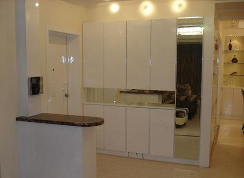 室内装修进门鞋柜设计 简约线条打造精致家
