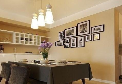 欧式酒柜图片—餐桌旁的嵌入式酒柜