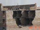 西安村民加盖楼房致坍塌