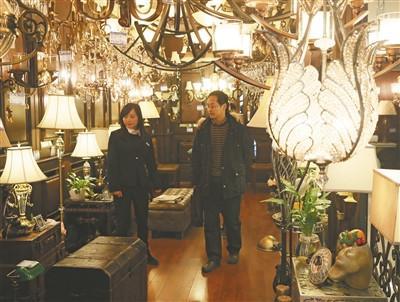 在品牌卖场的规范经营推动下,灯具价格透明将成为趋势。