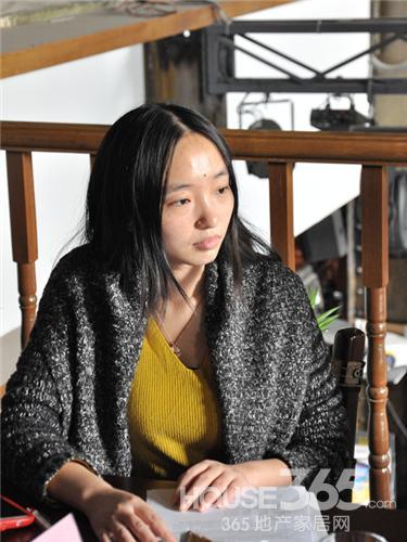 此次暖设计沙龙主持人HOUSE365资讯记者严青青