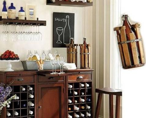 2013家装酒柜效果图:高脚的玻璃酒杯带有些许的落寞和孤单.