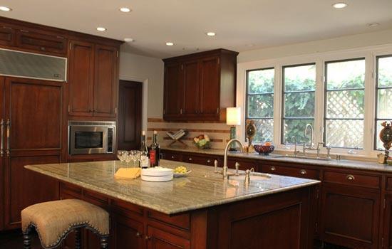地中海风格厨房装修 蓝白相间的柔美设计图片