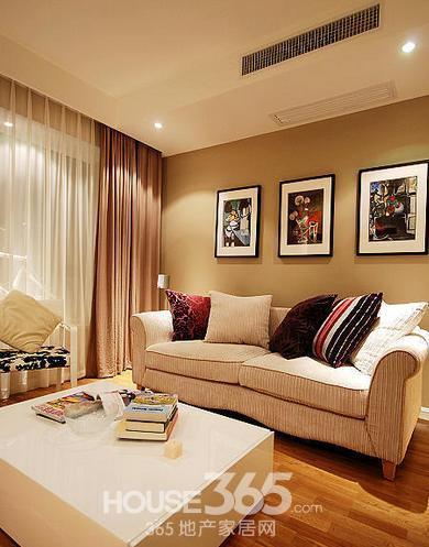 普通家庭客厅装修 小户型居室不再烦恼 高清图片